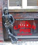 752px-Lennon_Statue,_Liverpool