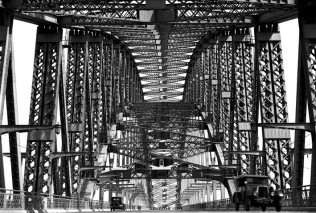 Cars on the Sydney Harbour Bridge, 1932