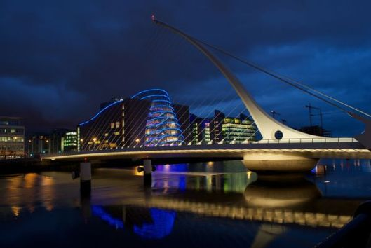 samuel-beckett-bridge-dublin_30139_600x450